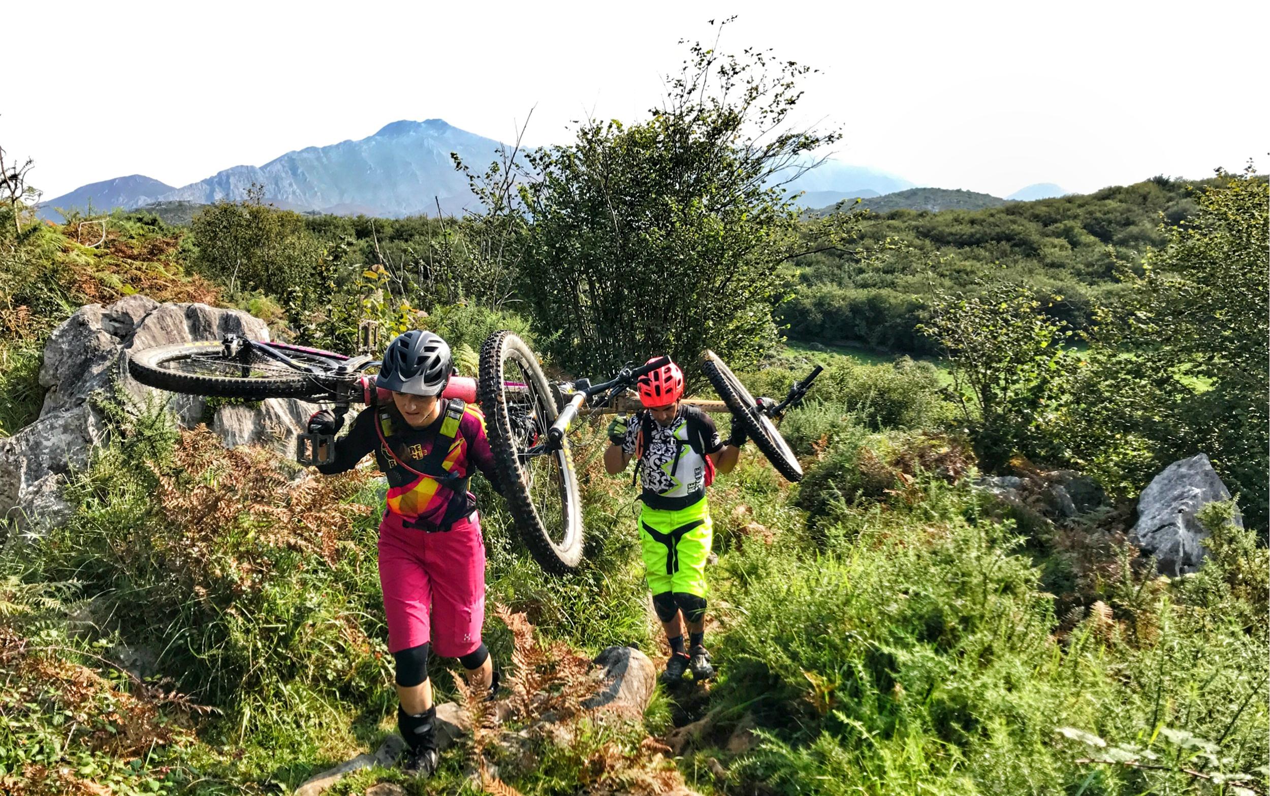 Laura Celdran Picos de Europe mountain bike