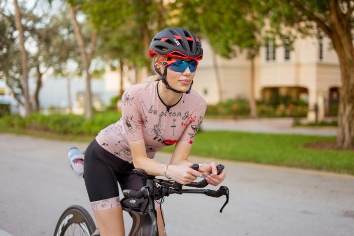 Nadezhda Pavlova triathlete Designed for Cycling ladies kit